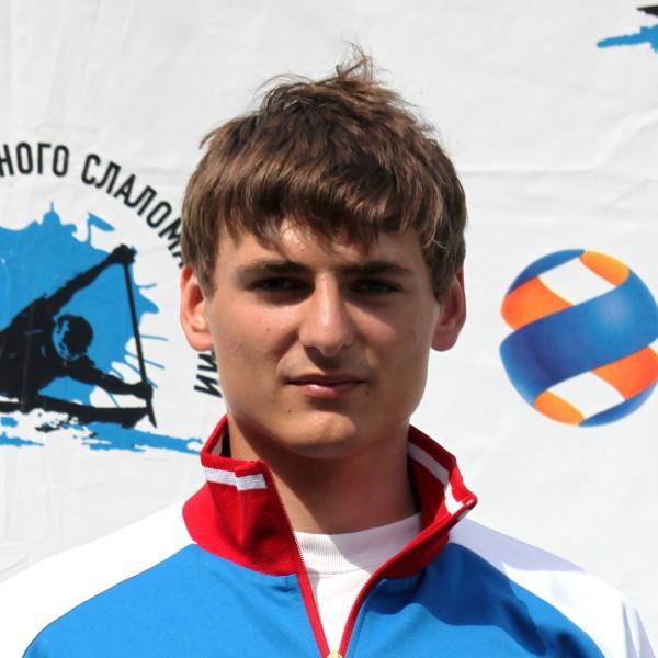 Артём Ушаков