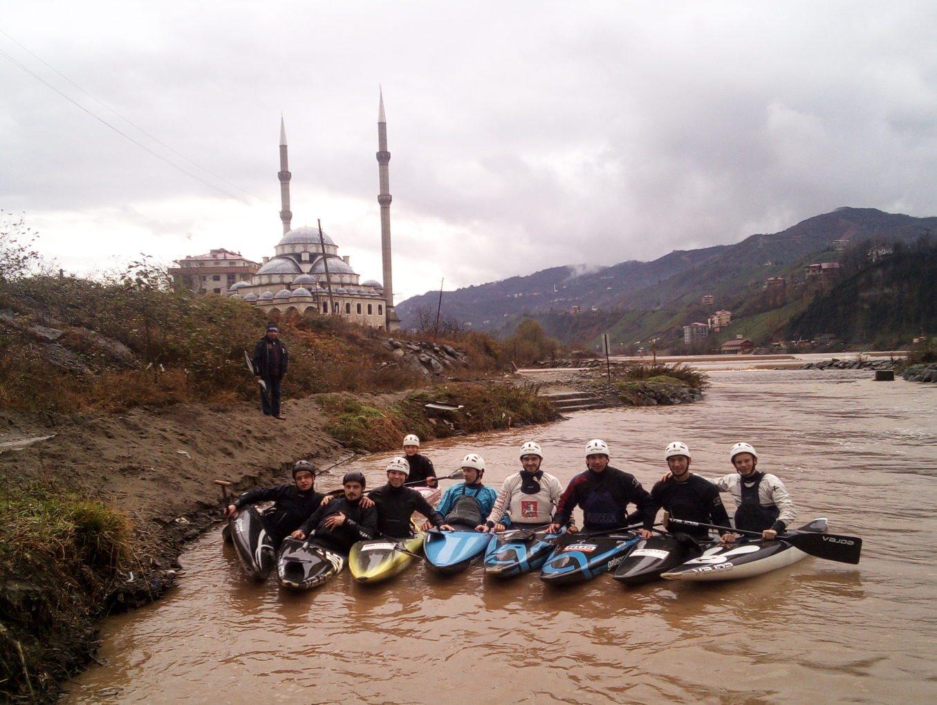 Москвичи тренируются в Турции