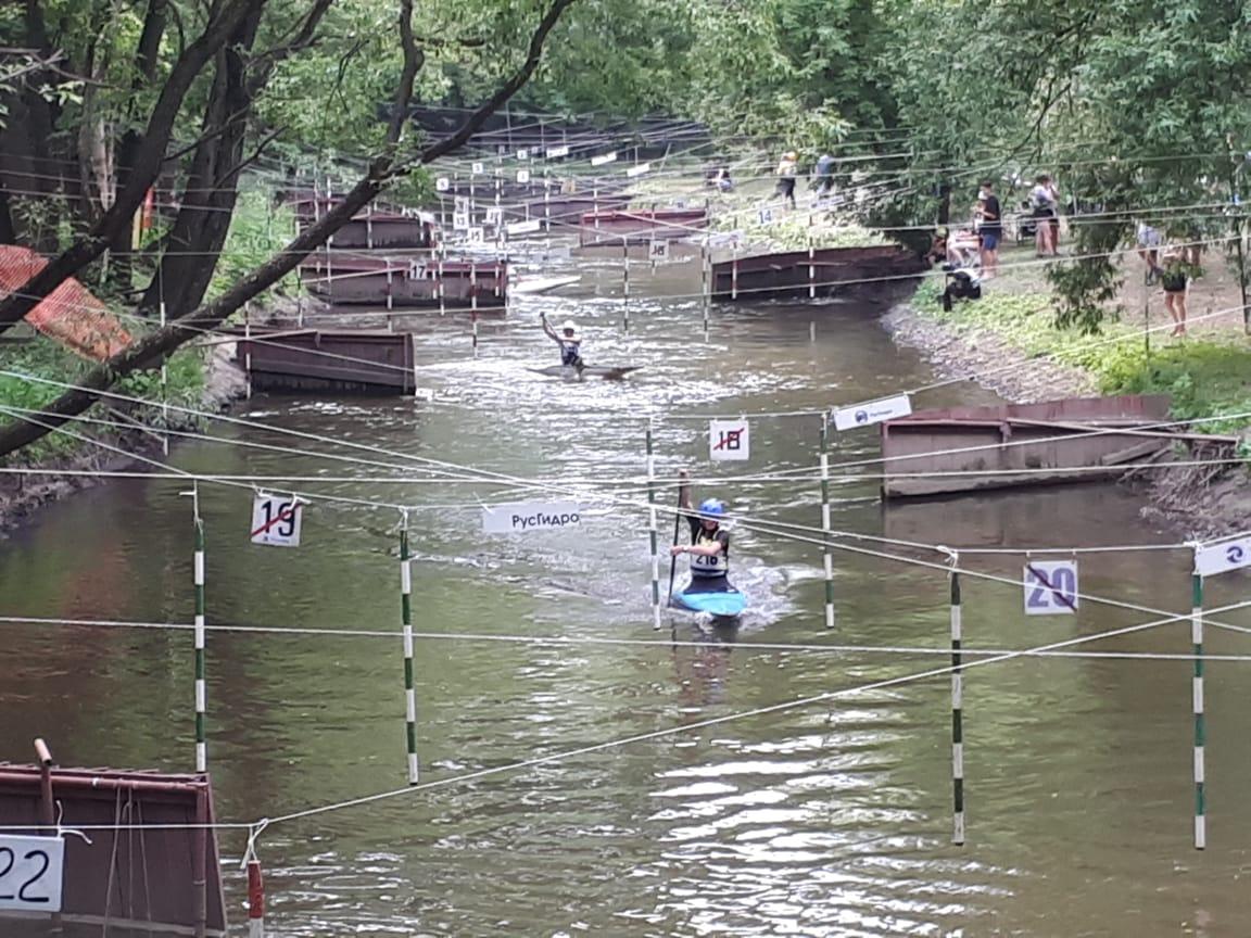 На реке Яуза проходит чемпионат Москвы
